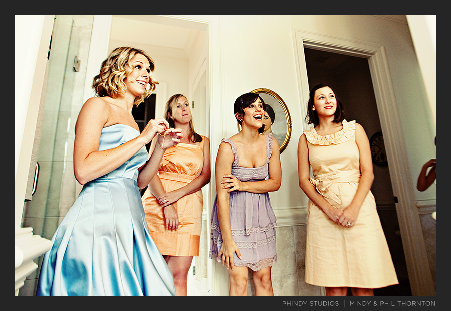 bridesmaids_getting_ready