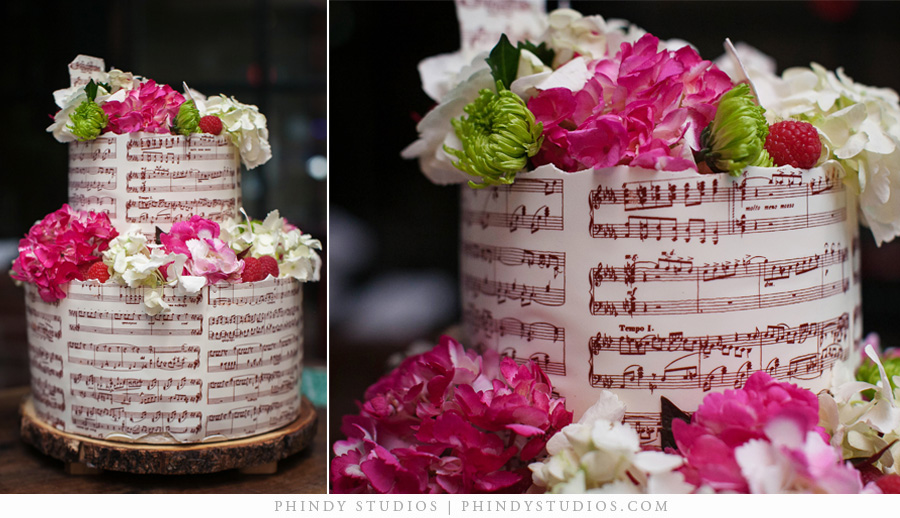 homestead_manor_wedding_cake